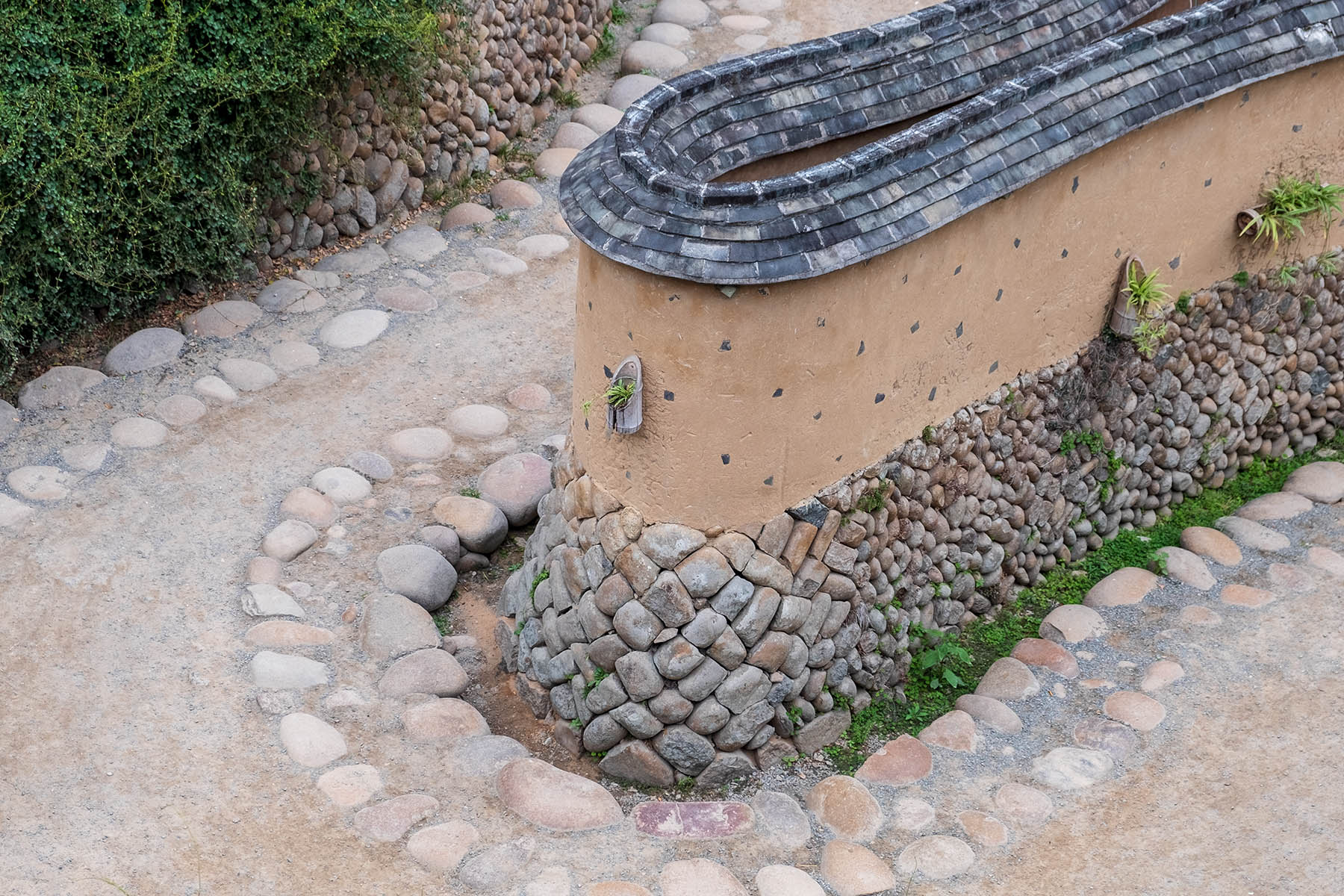 Alte Mauer aus Stein in Songkou in Fujian, China