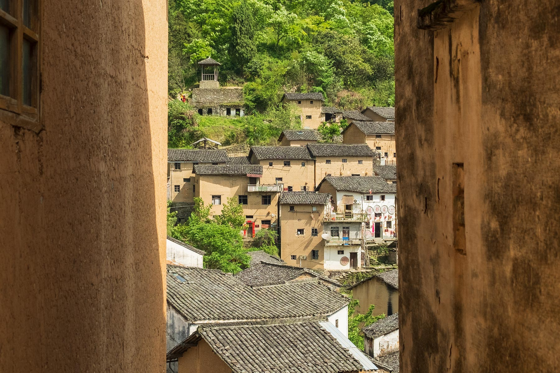 Yangchan Tulou 阳产土楼 Erdhäuser Dorf in Anhui, China