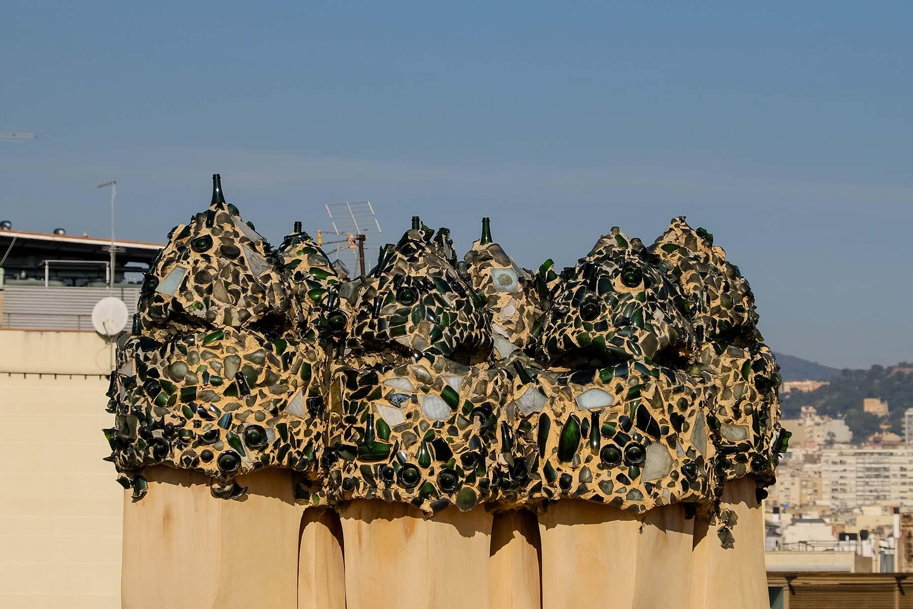 Wächter auf dem Dach der Casa Milà in Barcelona