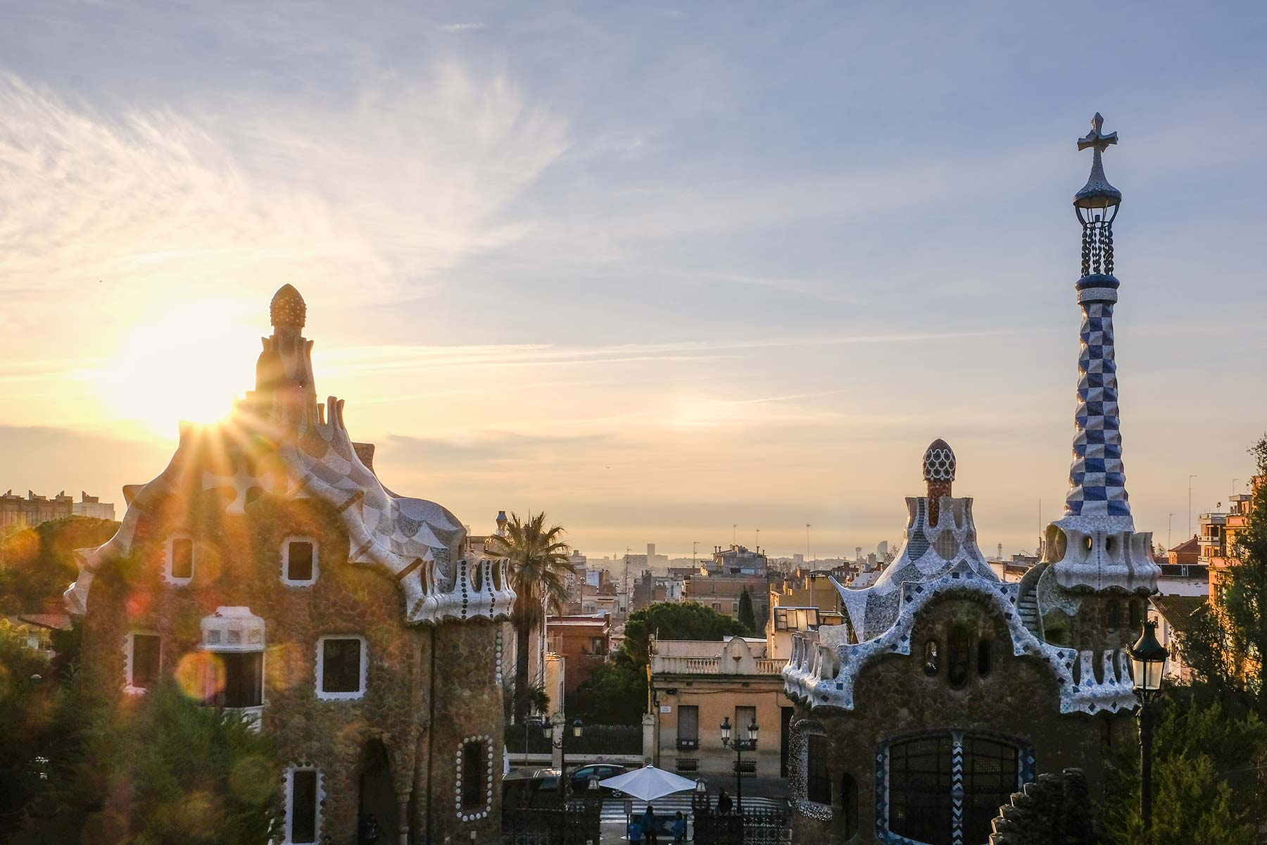 Sonnenaufgang in Barcelona im Park Güell