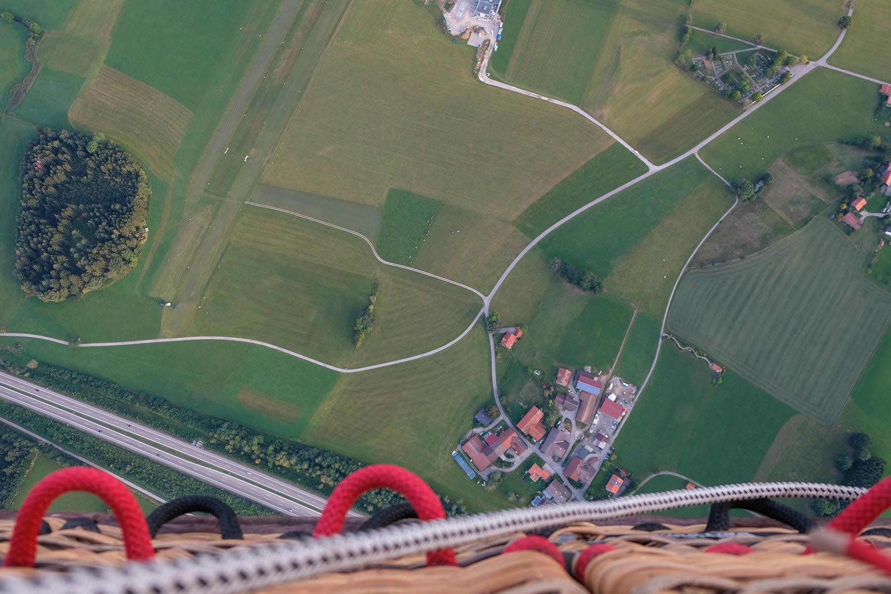 Blick nach unten aus dem Allgäuer Büble Bier Ballon