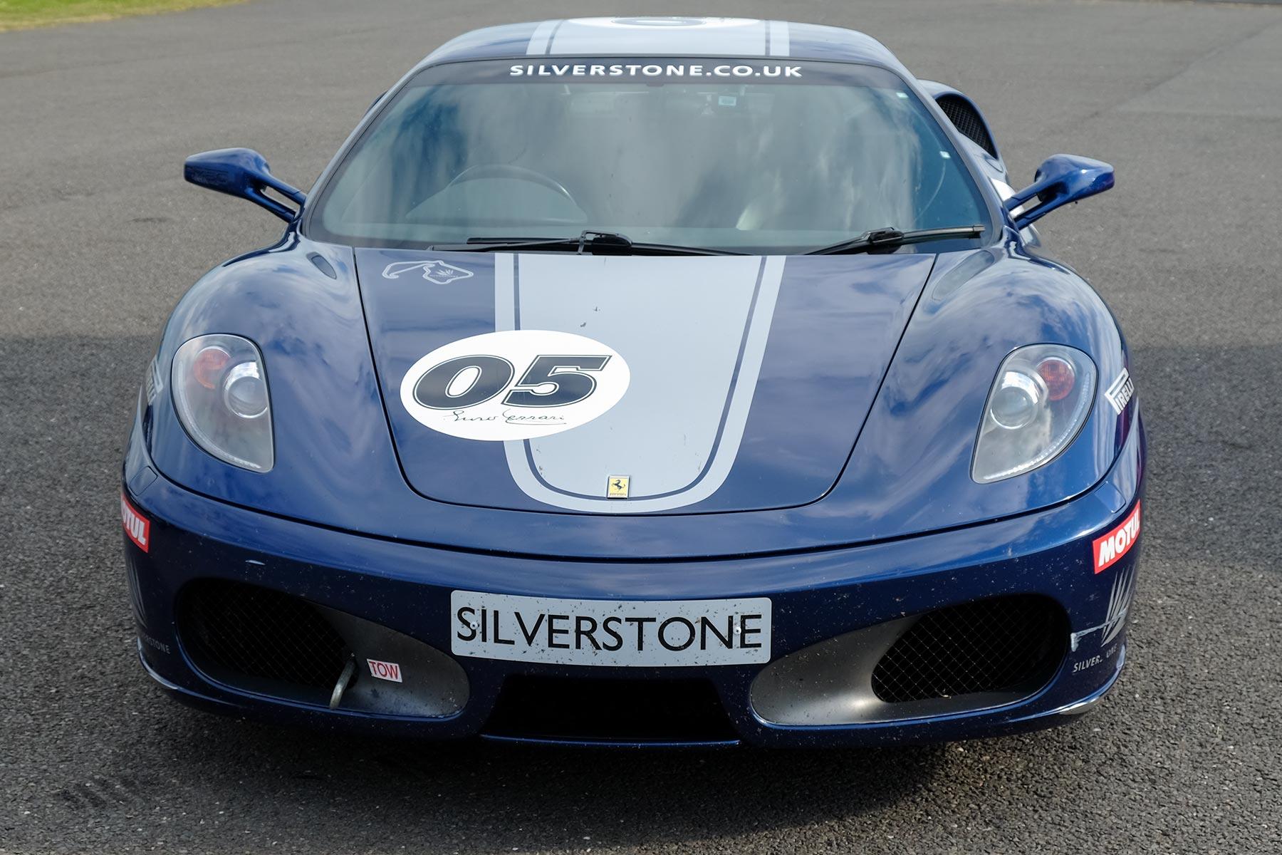 Blauer Ferrari - Ferrari F430 Experience in Silverstone