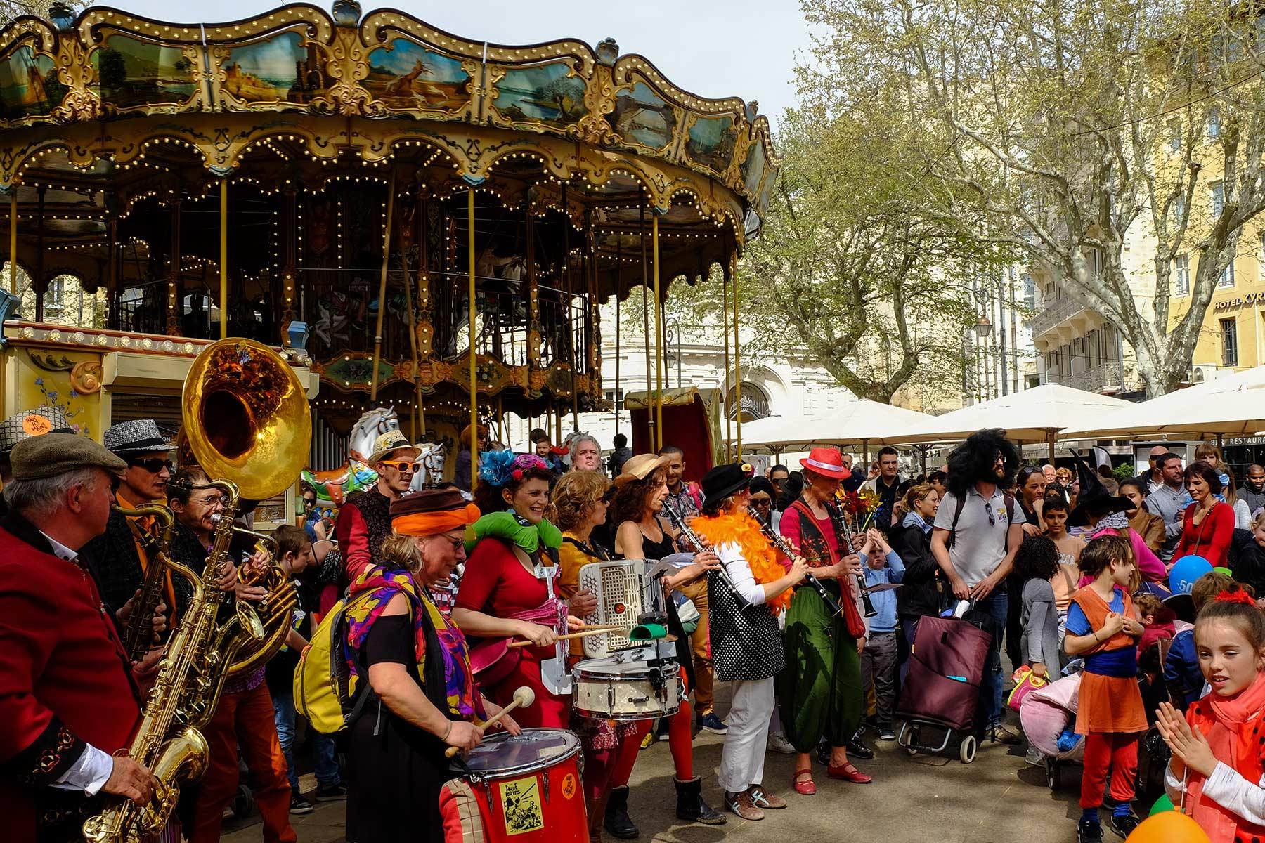 Straßenfest Festo Pitcho in Avignon, Frankreich