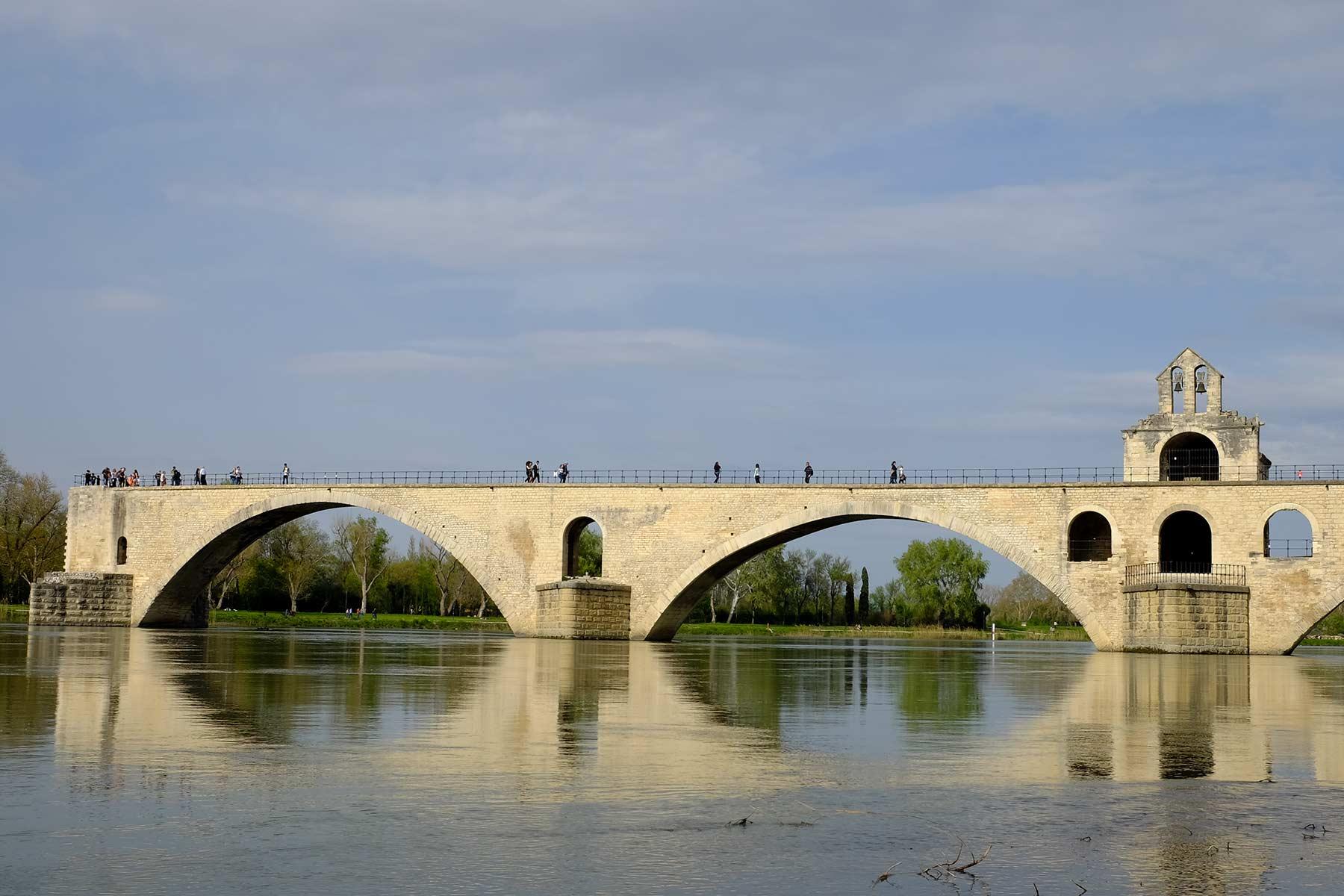 Pont Saint-Bénézet, auch bekannt als Pont d'Avignon in Avignon, Frankreich