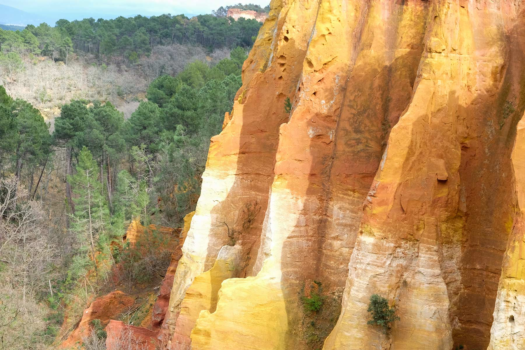 Ochre Trail in Roussillon in der Provence, Frankreich