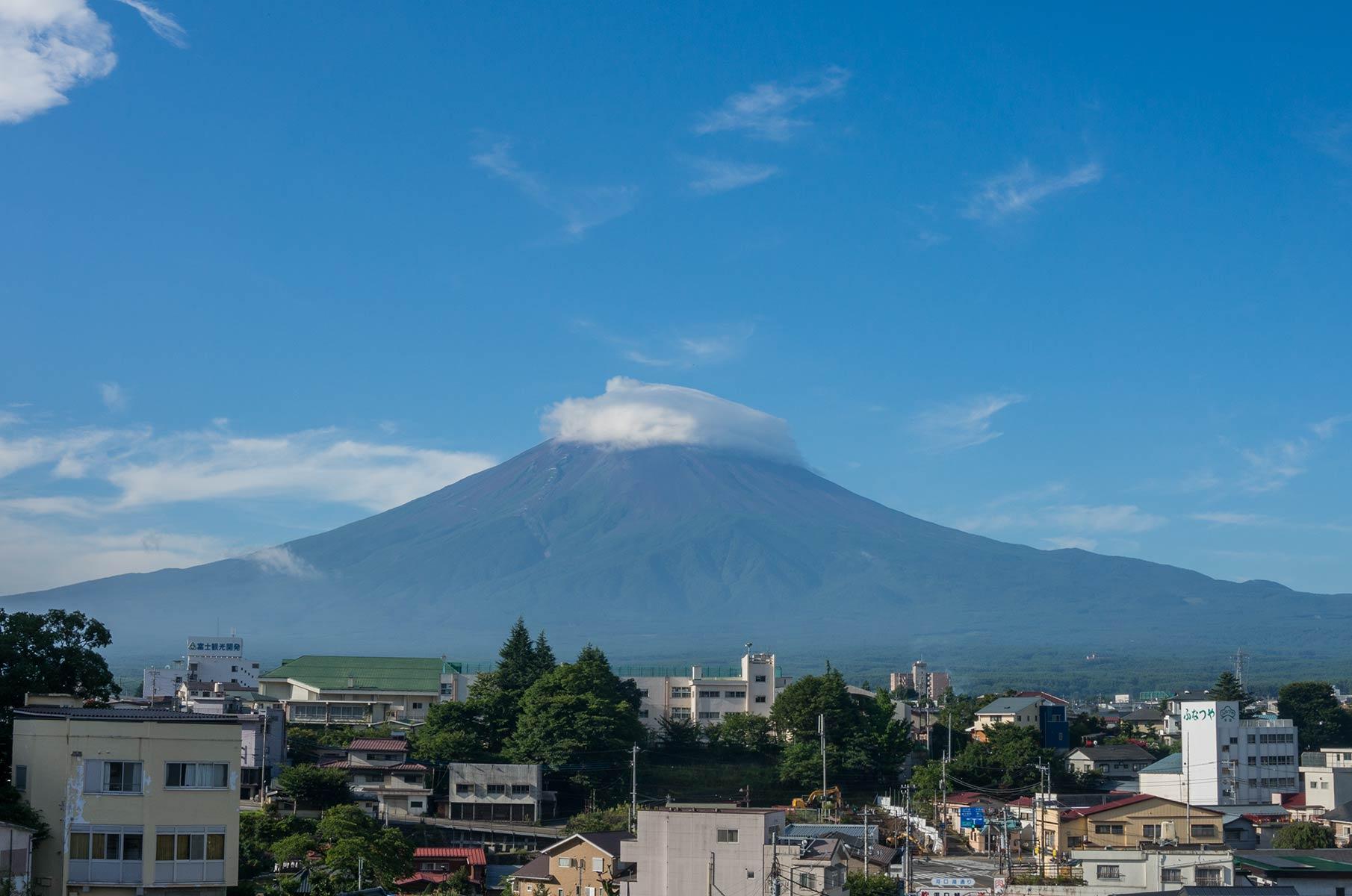 Blick vom Konanso Yamanashi Hotel in Kawaguchiko auf Mt. Fuji in Japan