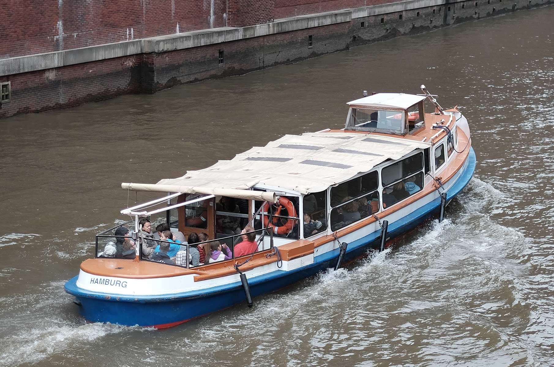 Boot in der Speicherstadt, Hamburg