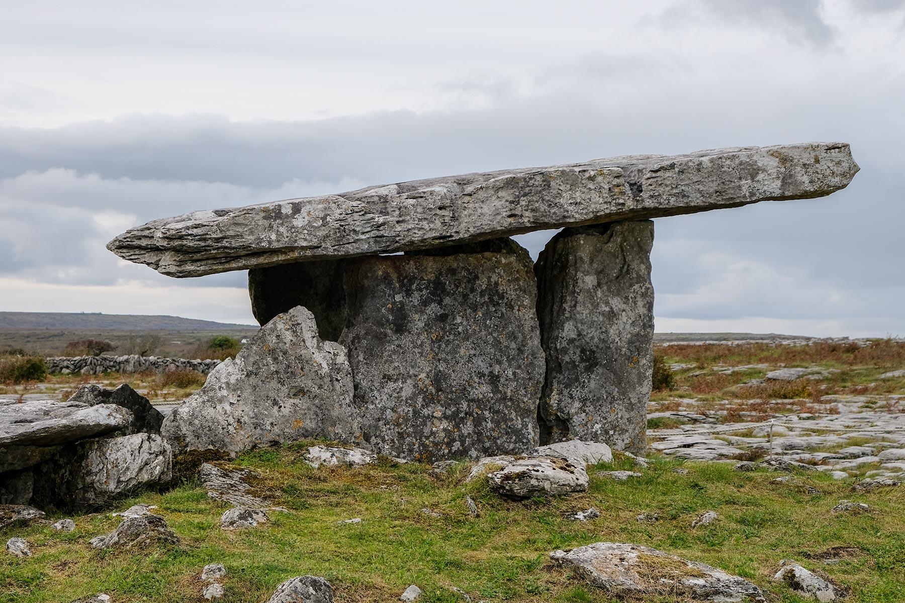 Poulnabrone-Dolmen im Burren Nationalpark