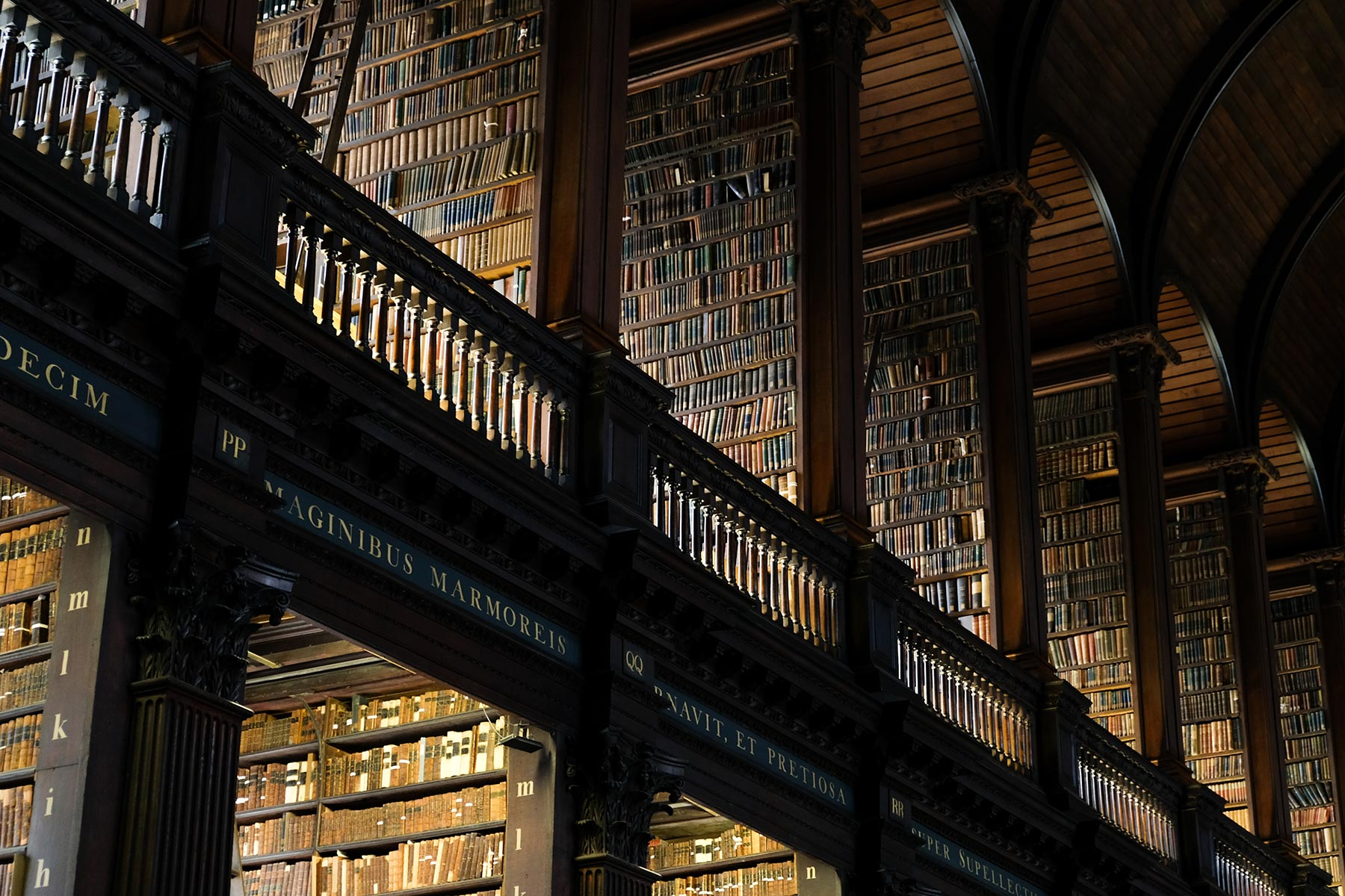 Old Library des Trinity College Dublin