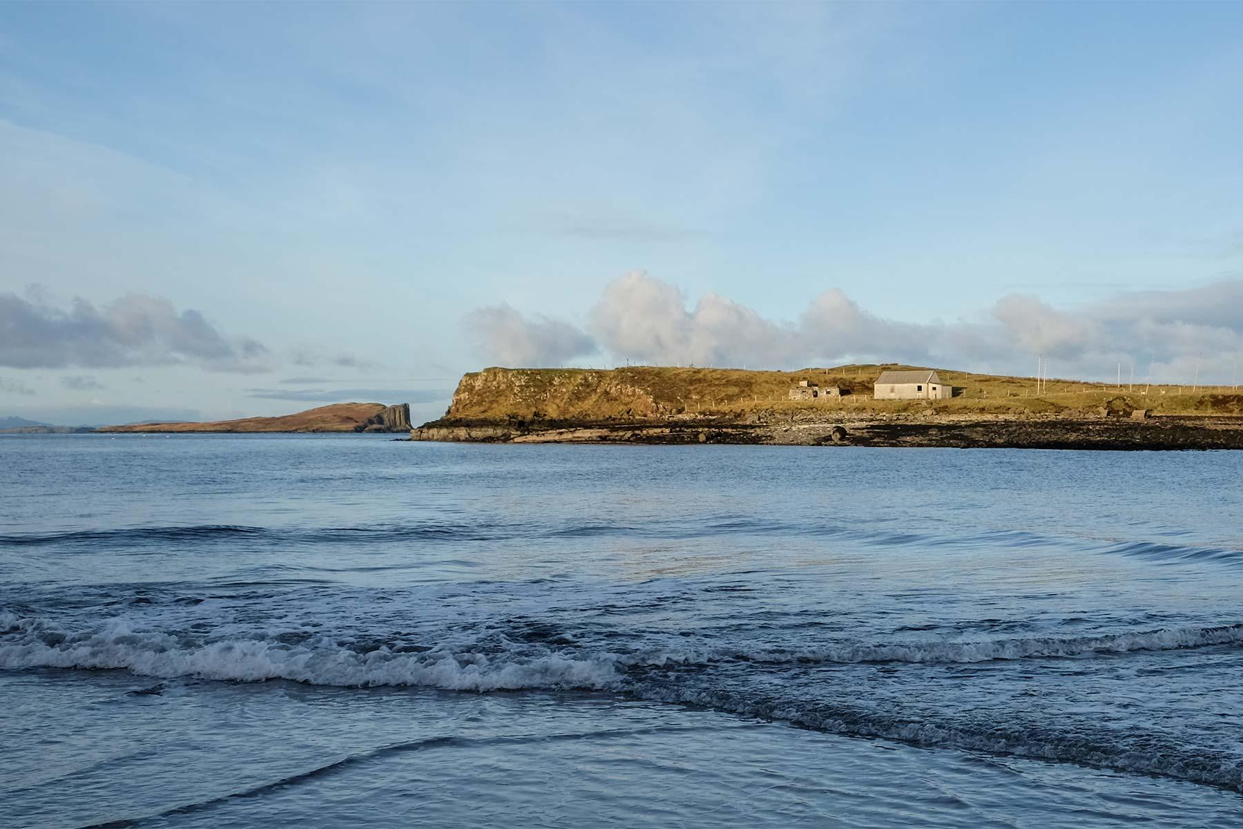 An Corran Strand auf der Isle of Skye, Schottland