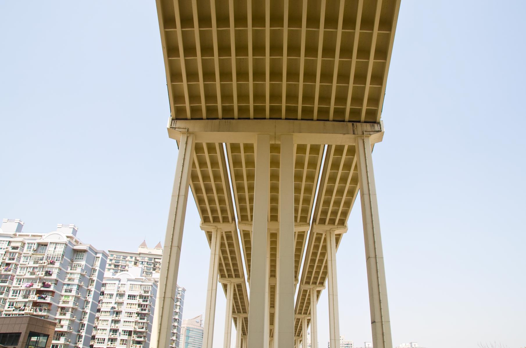 Nanpu Brücke in Shanghai, Ansicht von unten in Puxi