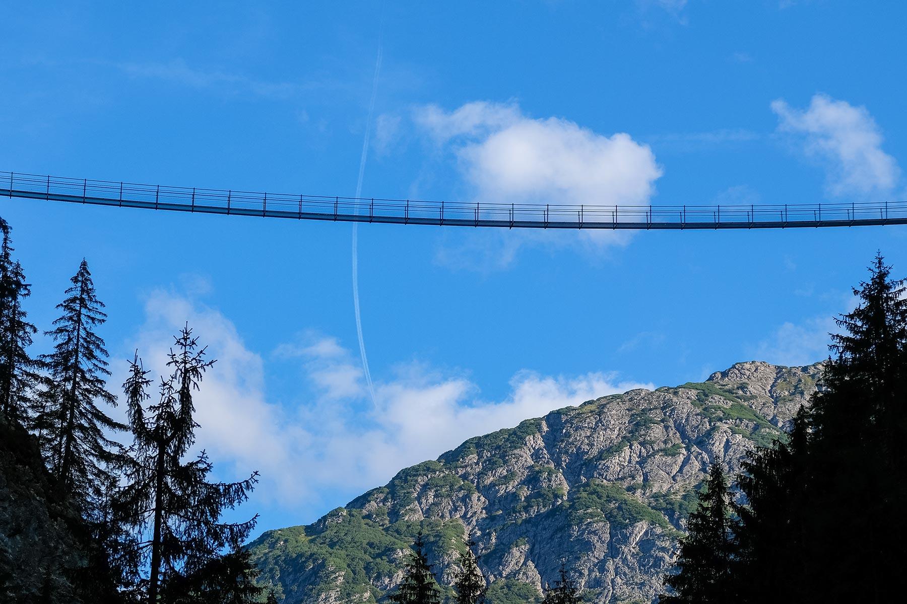 Hängebrücke in Holzgau, Österreich