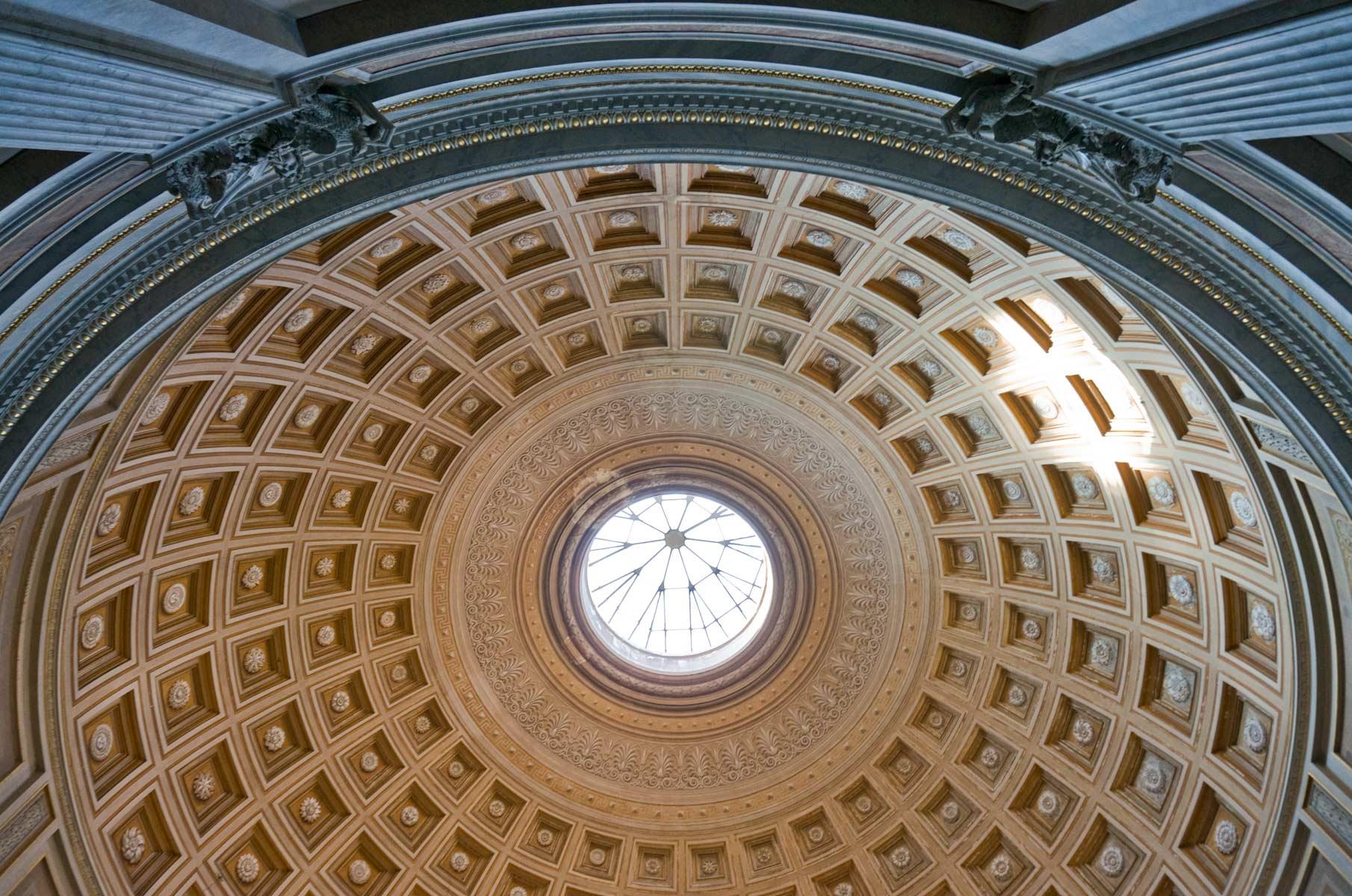 Kuppel im Vatikanischem Museum in Rom, Italien