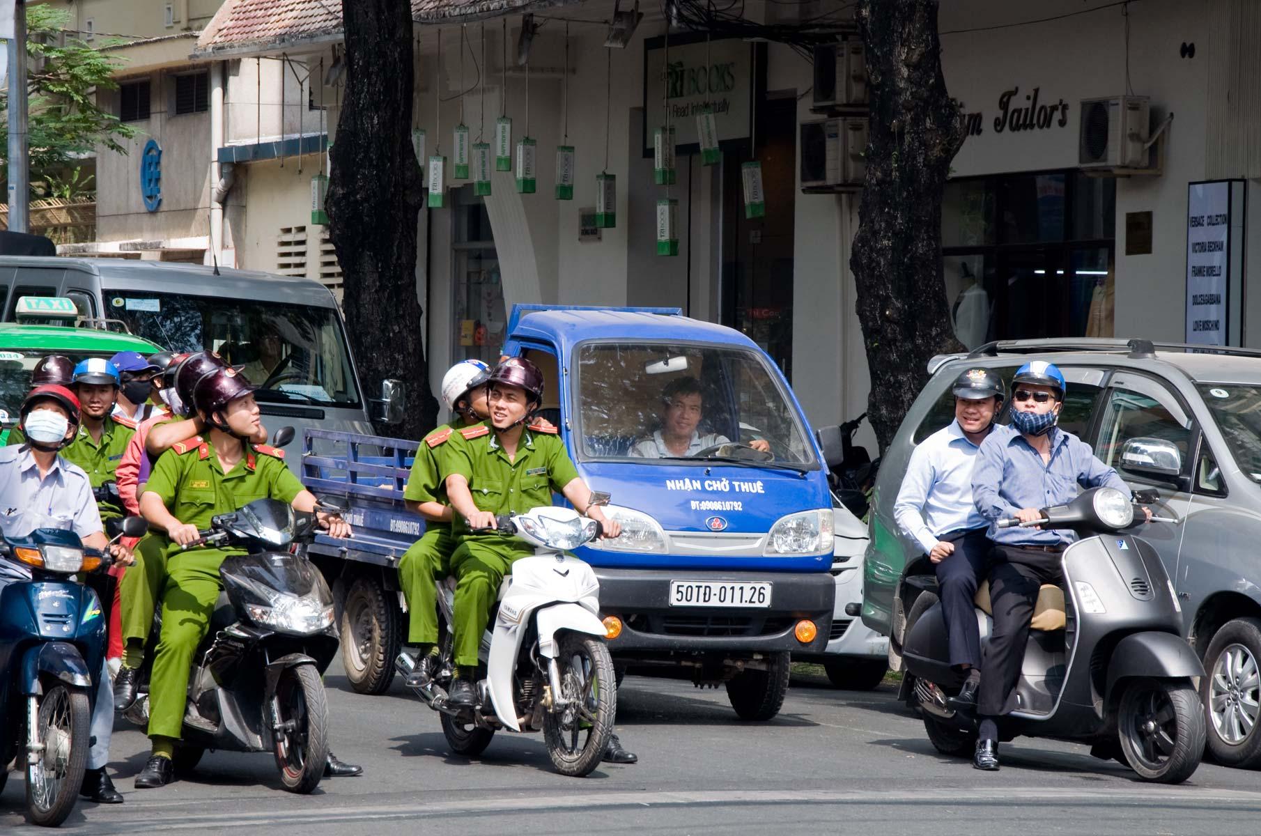 Verkehr mit Rollern in Saigon (Ho-Chi-Minh Stadt), Vietnam
