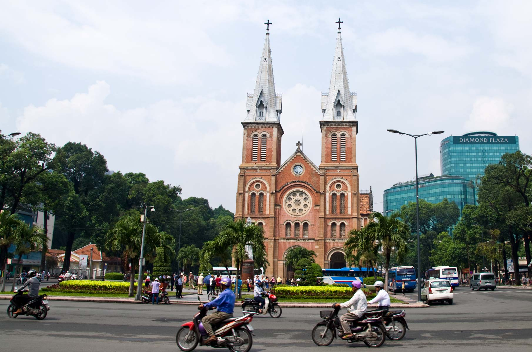 Kathedrale Notre Dame in Saigon (Ho-Chi-Minh Stadt), Vietnam