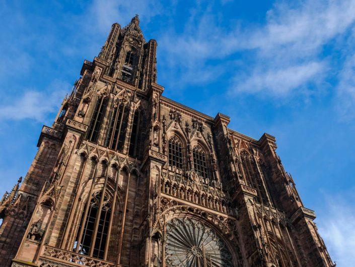 Straßburg mit EU Parlament und Weihnachtsmarkt