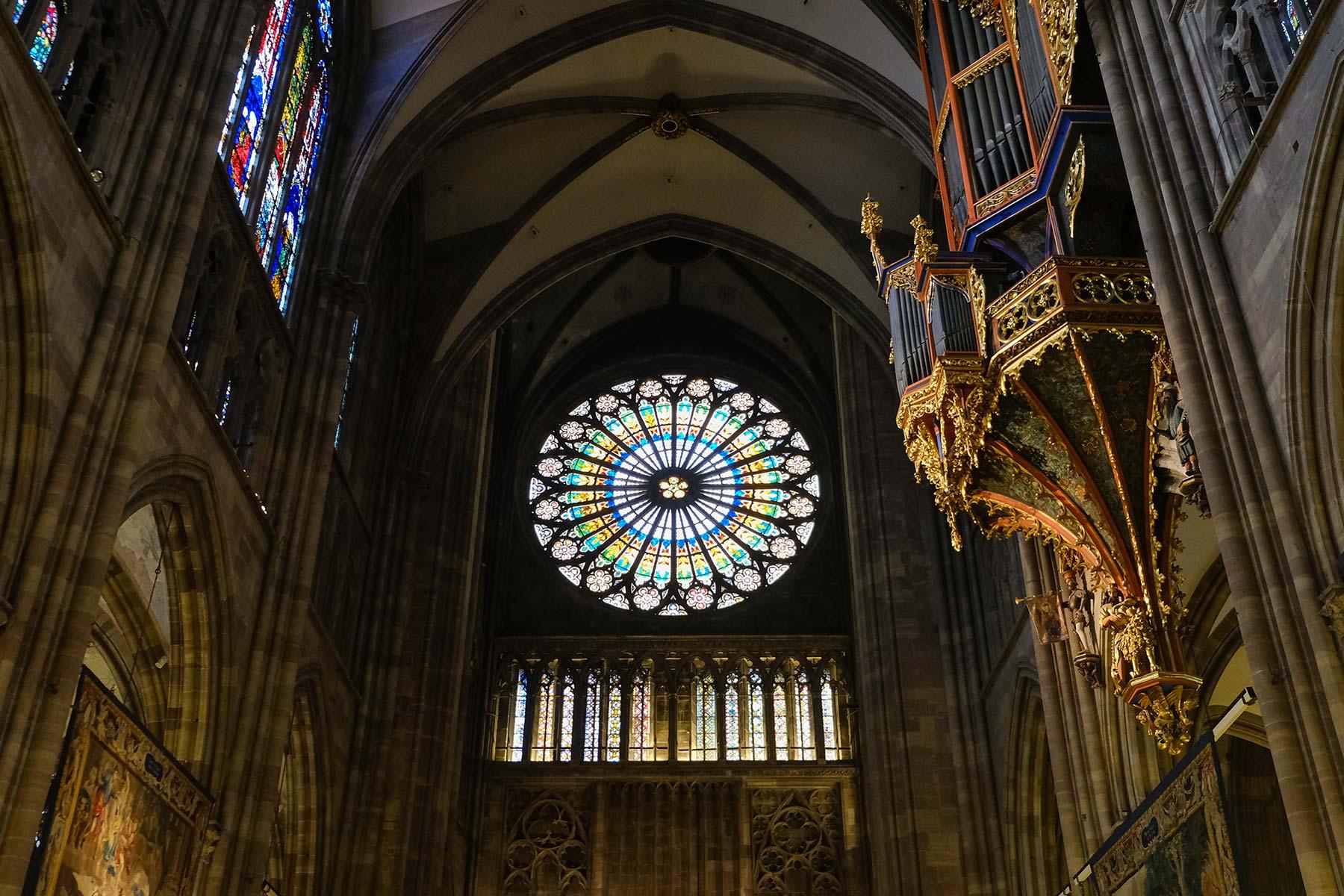 Innenansicht des Straßburger Münsters in Straßburg