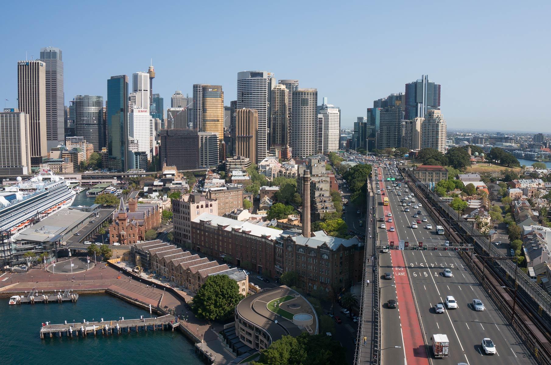 Blick vom Pylon Lookout auf der Harbour Bay Bridge auf Sydney, Australien