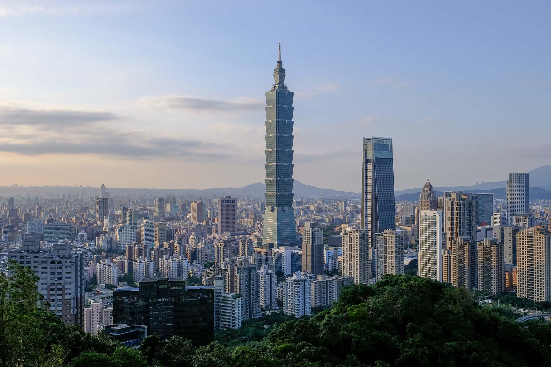 Blick auf Taipei vom Elephant Mountain